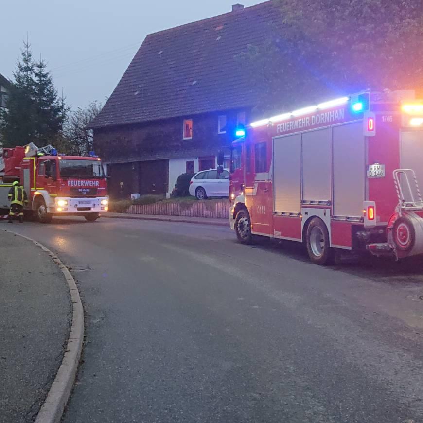 Unterstützung  Rettungsdienst mit der Drehleiter aus Sulz
